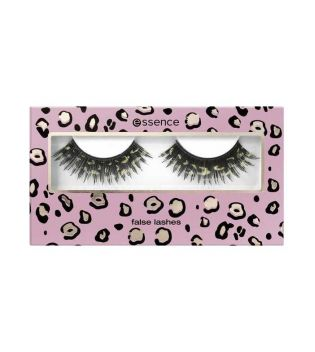 essence - *The party of my life* - Faux cils - 03: See me roar!